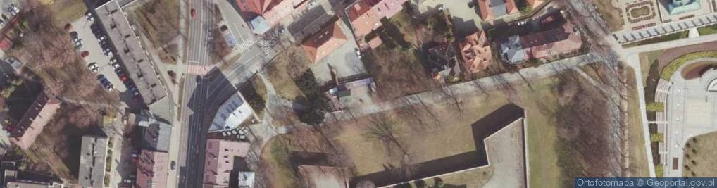 Zdjęcie satelitarne Aleja Pod Kasztanami al.