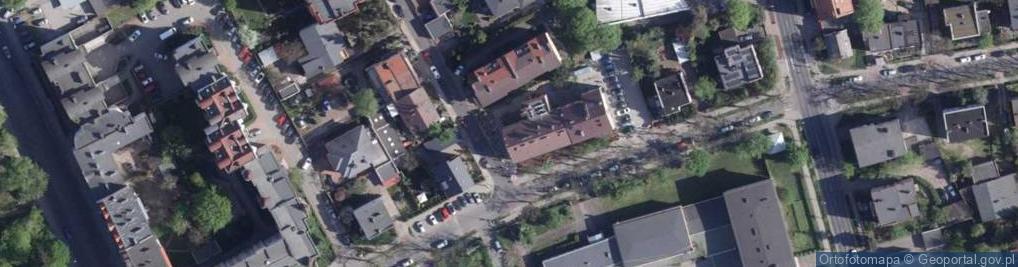 Zdjęcie satelitarne Czarlińskiego Leona ul.