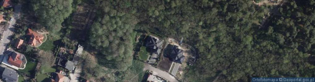 Zdjęcie satelitarne Ładna ul.