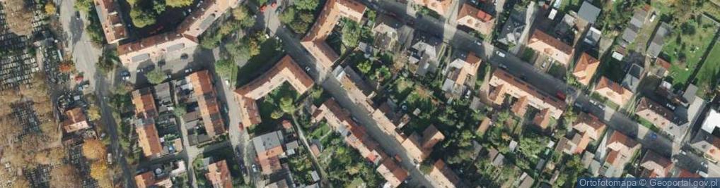 Zdjęcie satelitarne Lenartowicza Teofila Aleksandra ul.