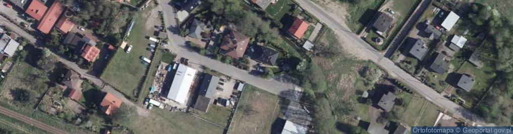 Zdjęcie satelitarne Nad Rzeczką ul.