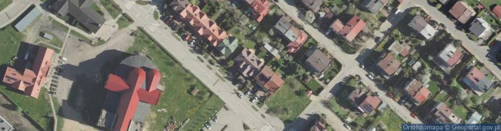 Zdjęcie satelitarne NMP Królowej Rodzin ul.