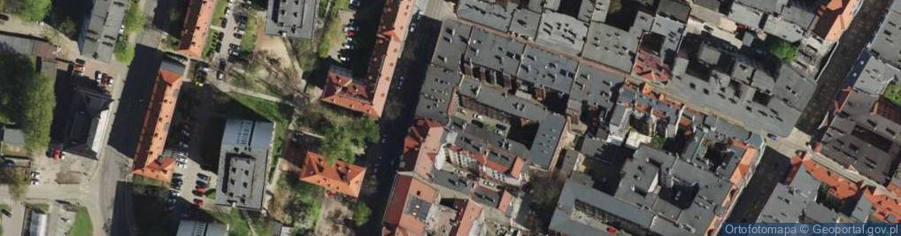 Zdjęcie satelitarne Powstańców Warszawskich ul.