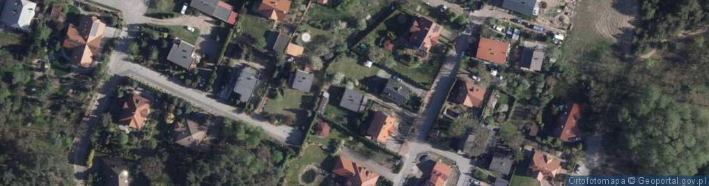 Zdjęcie satelitarne Przyjaciół ul.