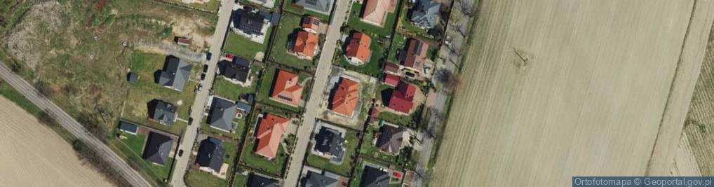 Zdjęcie satelitarne Szymkowiaka Edwarda ul.