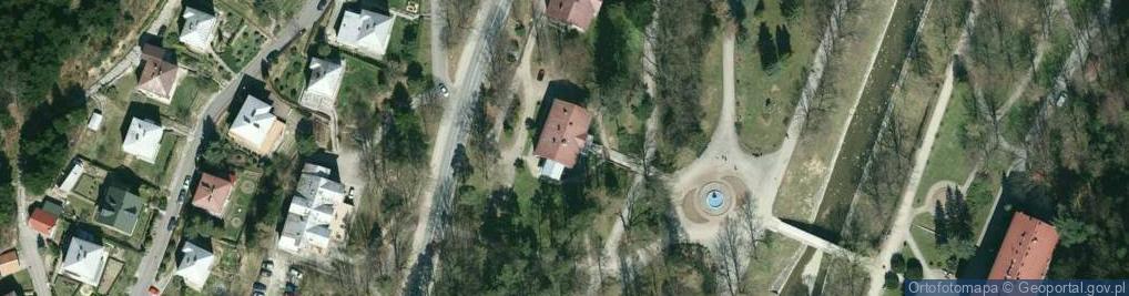Zdjęcie satelitarne Zdrojowa ul.