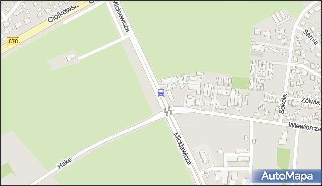 Przystanek Mickiewicza/Wiewiórcza. BKM - Białystok (id 241) na mapie Targeo