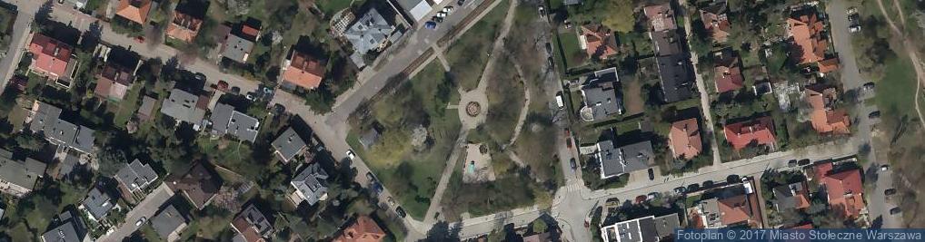 Zdjęcie satelitarne Skwer im. Starszych Panów
