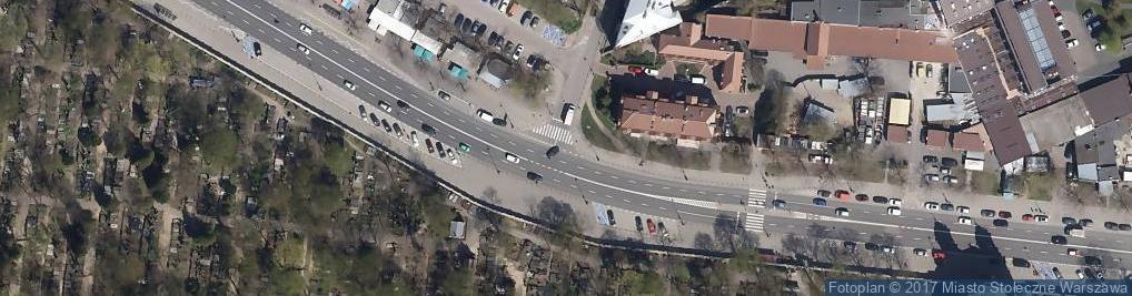 """Zdjęcie satelitarne Bundesarchiv Bild 101I-695-0411-04A, Warschauer Aufstand, Soldaten mit """"Goliath"""""""