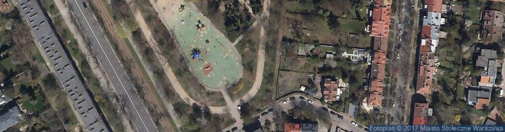 Zdjęcie satelitarne Juniperus in Park im. Stefana Żeromskiego in Warsaw