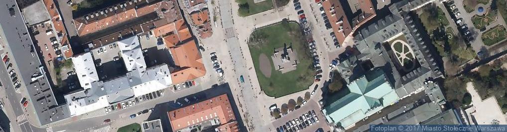 Zdjęcie satelitarne Warsaw - Adam Mickiewicz monument