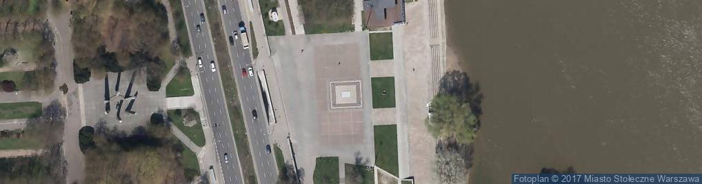 Zdjęcie satelitarne Warszawa pomnik 509 km