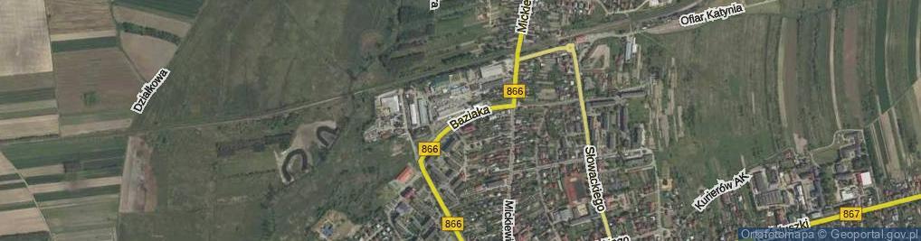 Zdjęcie satelitarne Baziaka Eugeniusza, abp. ul.