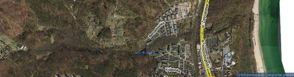 Zdjęcie satelitarne Bernadowska ul.