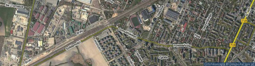 Zdjęcie satelitarne Gomulińskiego Juliana ul.