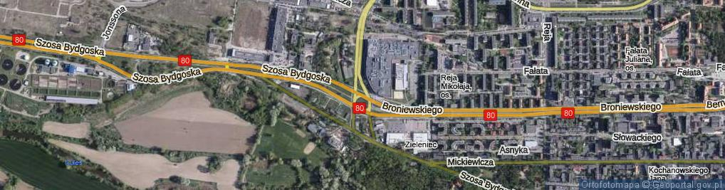 Zdjęcie satelitarne Plac Skalskiego Stanisława, gen. pil. pl.