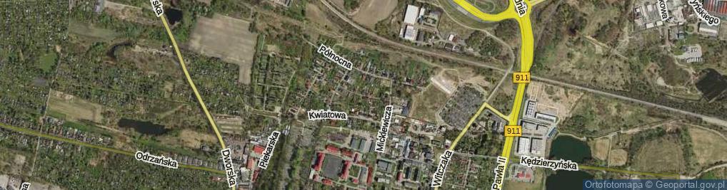 Zdjęcie satelitarne Towarzyska ul.