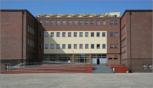 Bytom - Library 01, Jana III Sobieskiego, pl. 3, Bytom 41-902 - Zdjęcia