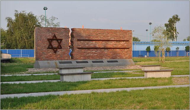 Częstochowa Warta pomnik 1, Strażacka 30, Częstochowa 42-202 - Zdjęcia