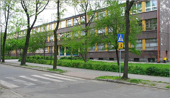 Szkoła Podstawowa nr 43 im. Leona Kruczkowskiego w Zabrzu (Nemo5576) 41-800 - Zdjęcia