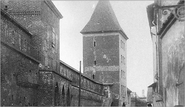 Torun Brama Chelminska od zachodu, Teatralny, pl. 7, Toruń 87-100 - Zdjęcia