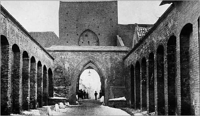 Torun Brama Starotorunska od zachodu, Pod Krzywą Wieżą 13, Toruń 87-100 - Zdjęcia
