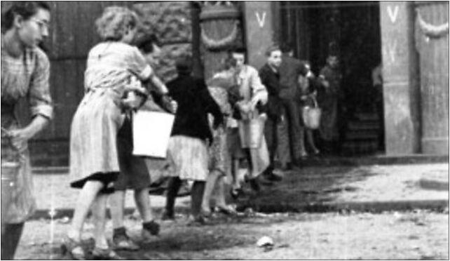Warsaw Uprising by Lokajski - Firefighting - 3689, Warszawa 00-038 - Zdjęcia