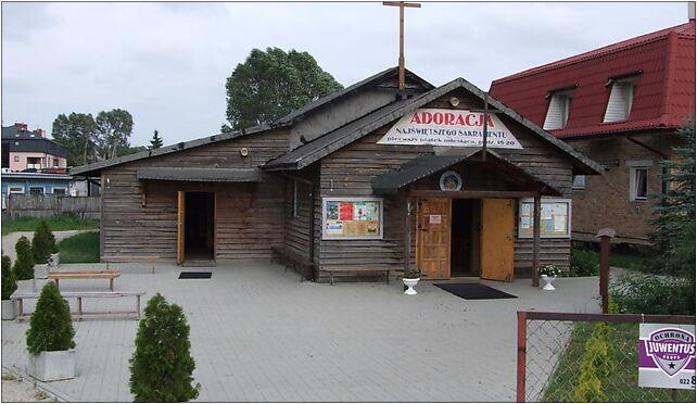 Warszawa-Zacisze-Kaplica-parafii-Św-Barnaby-Apostoła-podkaster 03-687 - Zdjęcia